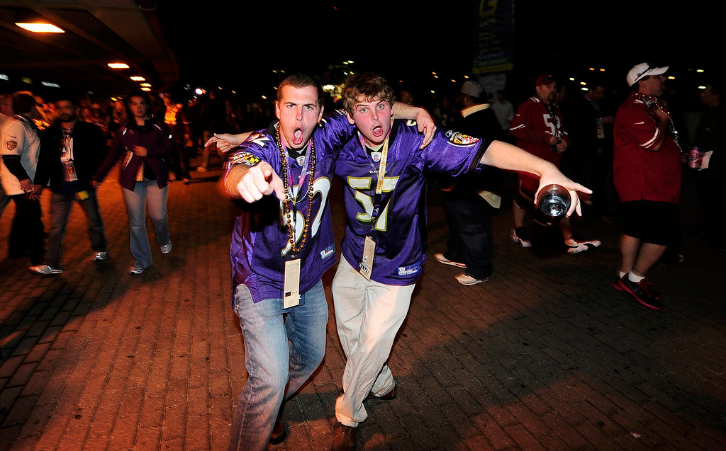 Description of . Baltimore Ravens fans celebrate outside the Superdome following Baltimore's victory over the San Francisco 49ers in the NFL Super Bowl XLVII football game in New Orleans, Louisiana, February 3, 2013.  REUTERS/Stacy Revere
