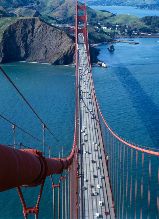 Description of . General view from the south tower looking north on the Golden Gate Bridge, 1984. (Photo by Jet Lowe, Library of Congress)