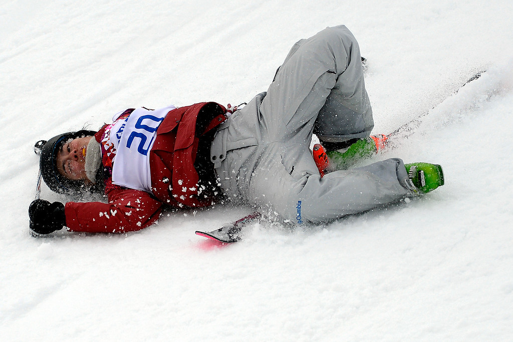 . Canada\'s Yuki Tsubota wipes out during the women\'s ski slopestyle final on Tuesday, February 11, 2014. (Photo by AAron Ontiveroz/The Denver Post)