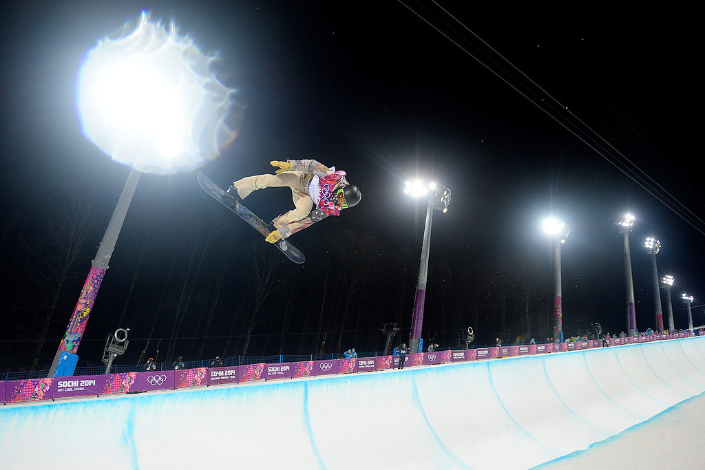 . U.S. rider Shaun White completes his second run during the men\'s snowboard halfpipe final on Tuesday, February 11, 2014. (Photo by AAron Ontiveroz/The Denver Post)