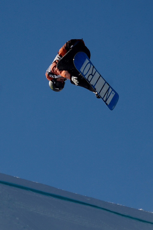 . Maxence Parrot rides during the men\'s snowboard slopestyle at Breckenridge Ski Resort on Sunday, December 15, 2013. Dew Tour men\'s snowboard slopestyle at Breckenridge Ski Resort on Sunday, December 15, 2013. (Photo by AAron Ontiveroz/The Denver Post)