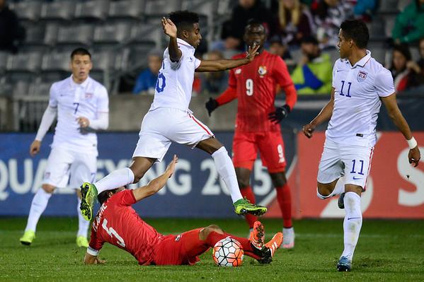 2015-10-07 USA vs Panama soccer