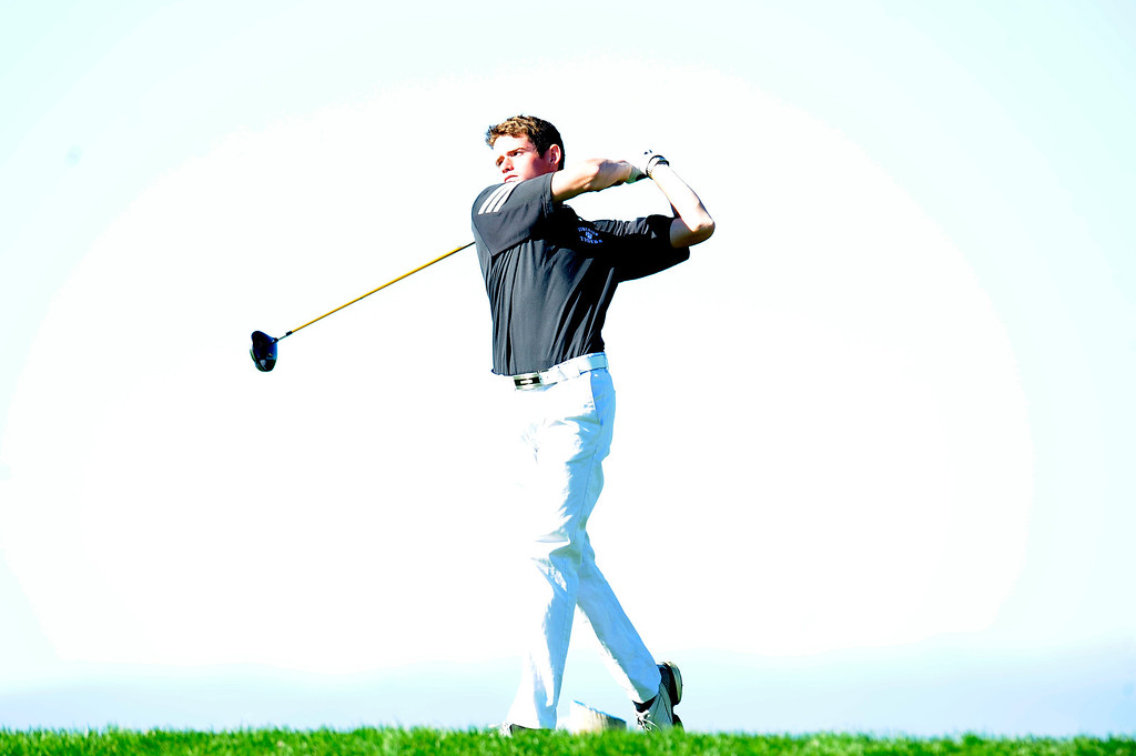 . AURORA, CO: Oct. 1, 2013  Donny Kinnaman tees off on the 1st hole.  (Photo By Erin Hull/The Denver Post)