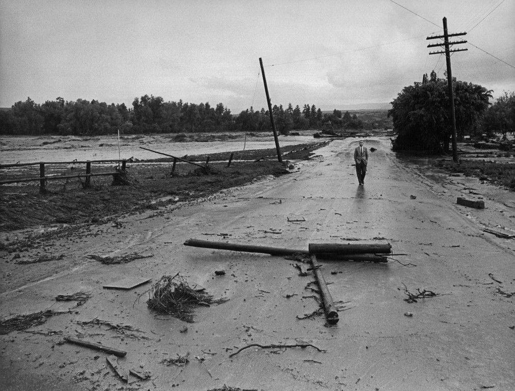 . JUN 16 1965  Floods - Denver  (Duane Howell/ The Denver Post)