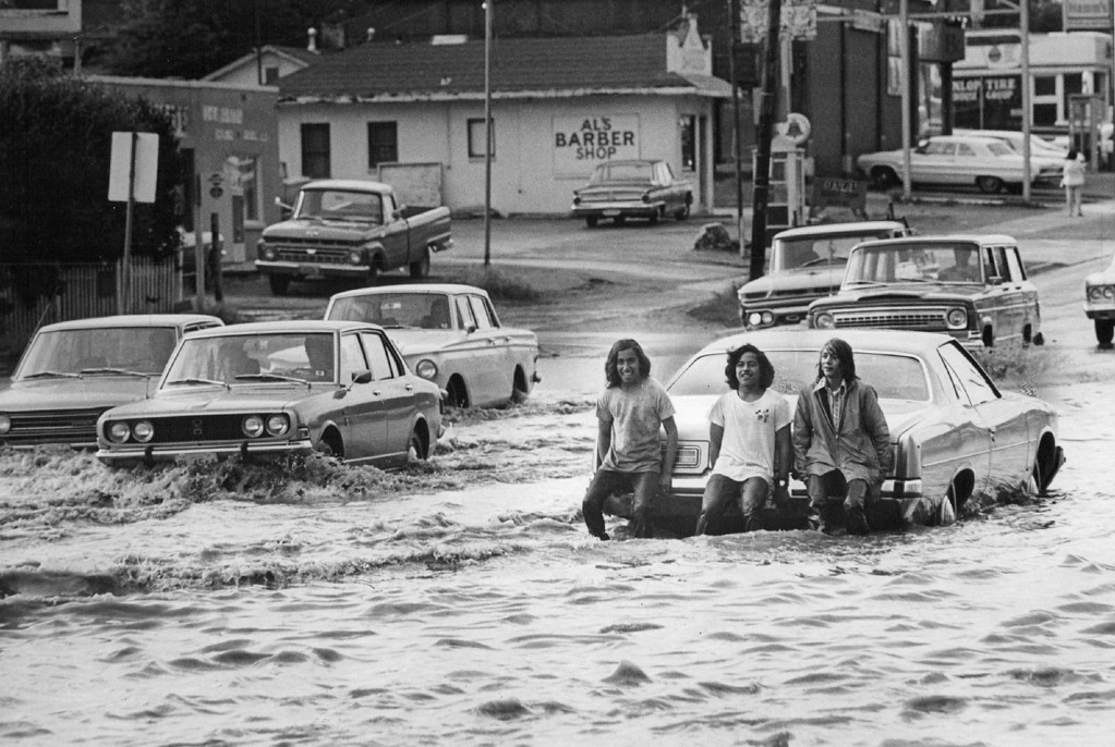 . JUN 13 1973  Water Tuesday Pushed Stalled Autos Through Intersection Of S. Federal Blvd. And W. Dakota Ave. Lakewood was hit particularly hard, sending flash floods through areas of west Denver, authorities said.  (John Beard/ The Denver Post)