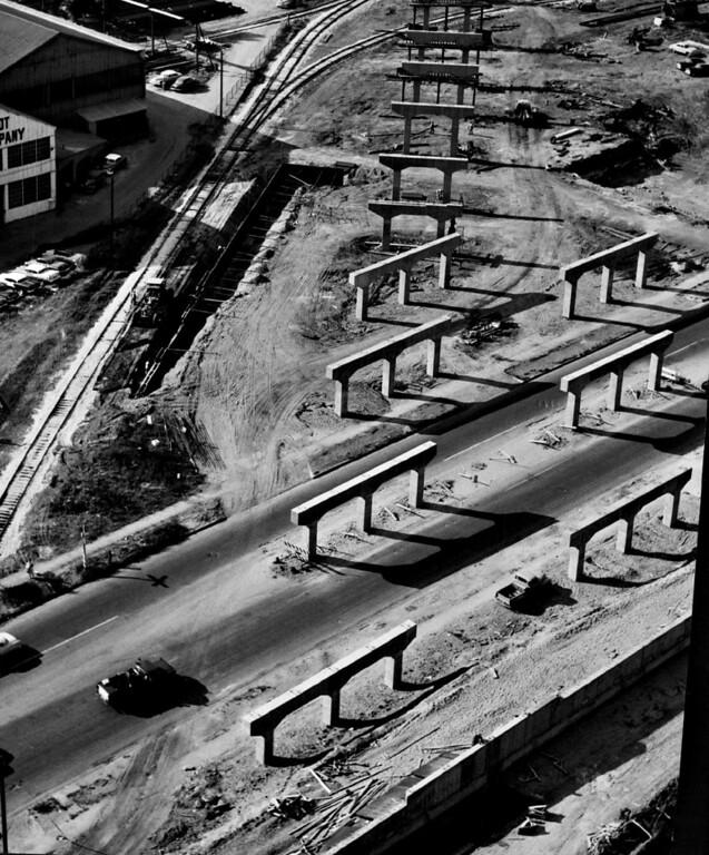 . OCT 3 1957.   Highway 25.   (Albert Moldvay /Denver Post)