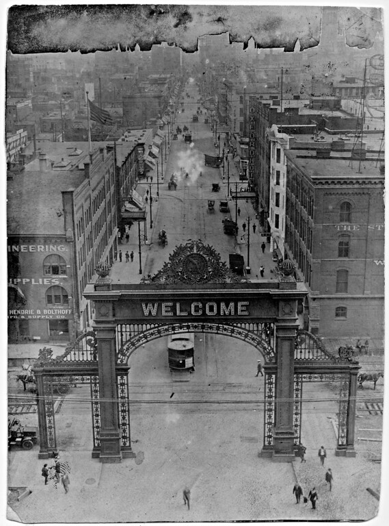 . The welcome arch at Union Station in Denver, Colorado on October 4, 1914. (The Denver Post Library Archive)