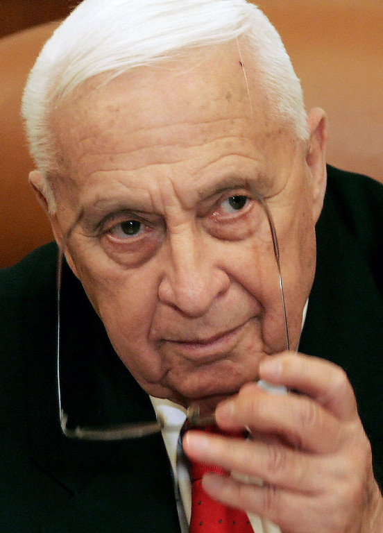 . A file picture dated 04 January 2006 shows former Israeli Prime Minister Ariel Sharon, as he attends a ceremony in his offices in Jerusalem, Israel, just hours before he suffered a stroke.   EPA/ELIANA APONTE/POOL