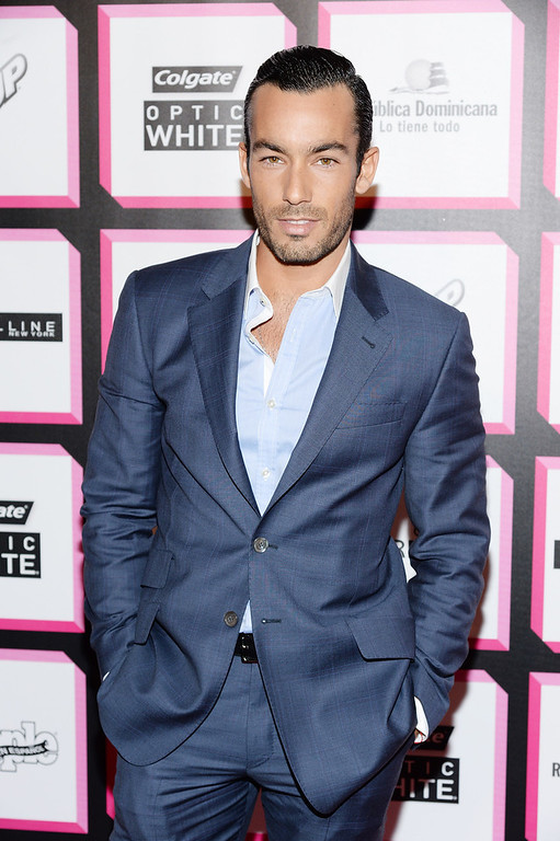 . Actor Aaron Diaz attends People En Espanol\'s 50 Most Beautiful 2013 at Marquee on May 13, 2013 in New York City.  (Photo by Dimitrios Kambouris/Getty Images for People en Espanol)