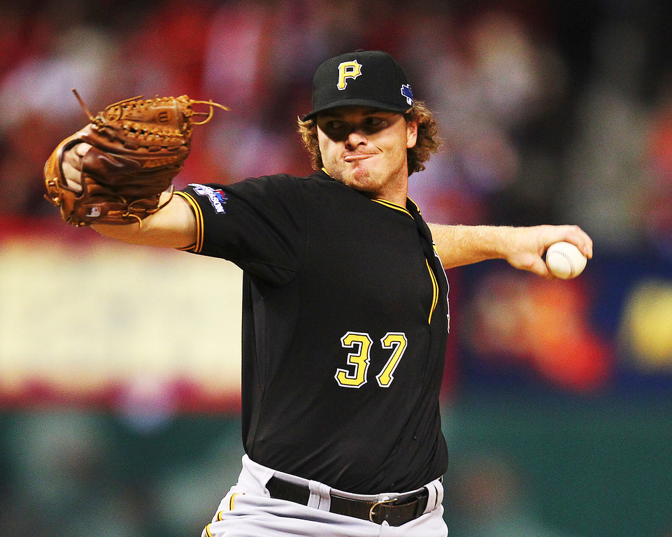. Justin Wilson #37 of the Pittsburgh Pirates pitches in the sixth inning against the St. Louis Cardinals during Game Five of the National League Division Series at Busch Stadium on October 9, 2013 in St Louis, Missouri.  (Photo by Dilip Vishwanat/Getty Images)