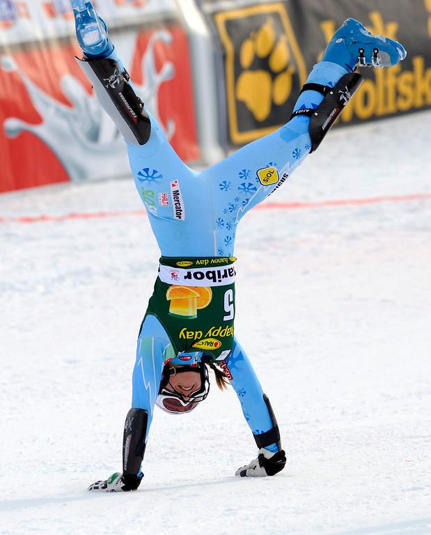 . Tina Maze of Slovenia celebrates after winning the World Cup Women\'s Slalom race in Maribor, January 27, 2013. REUTERS/Srdjan Zivulovic