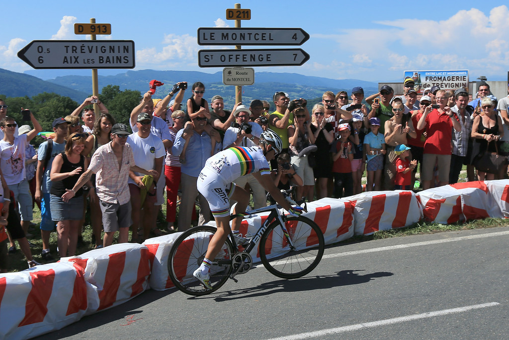 . ANNECY, FRANCE - JULY 20:  Philipe Gilbert of Beglium and BMC Racing Team suffers a mechanical during stage twenty of the 2013 Tour de France, a 125KM road stage from Annecy to Annecy-Semnoz, on July 20, 2013 in Annecy, France.  (Photo by Doug Pensinger/Getty Images)