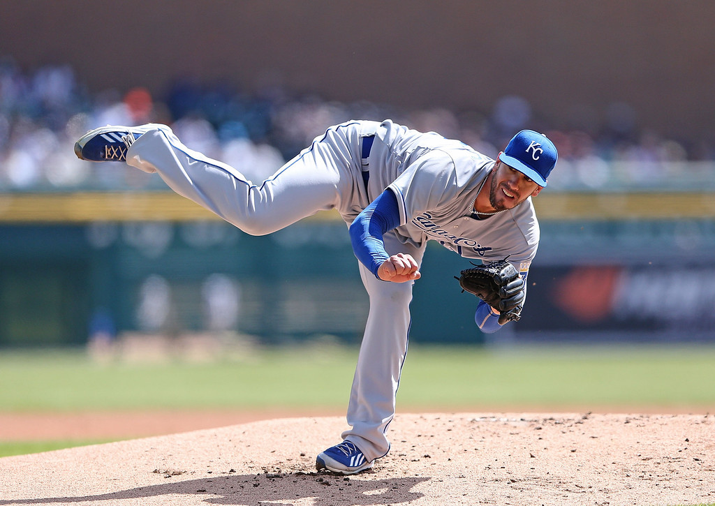 . James Shields #33 of the Kansas City Royals pitches during the first inning of the Opening Day game against the Detroit Tigers at Comerica Park on March 31, 2014 in Detroit, Michigan.  (Photo by Leon Halip/Getty Images)