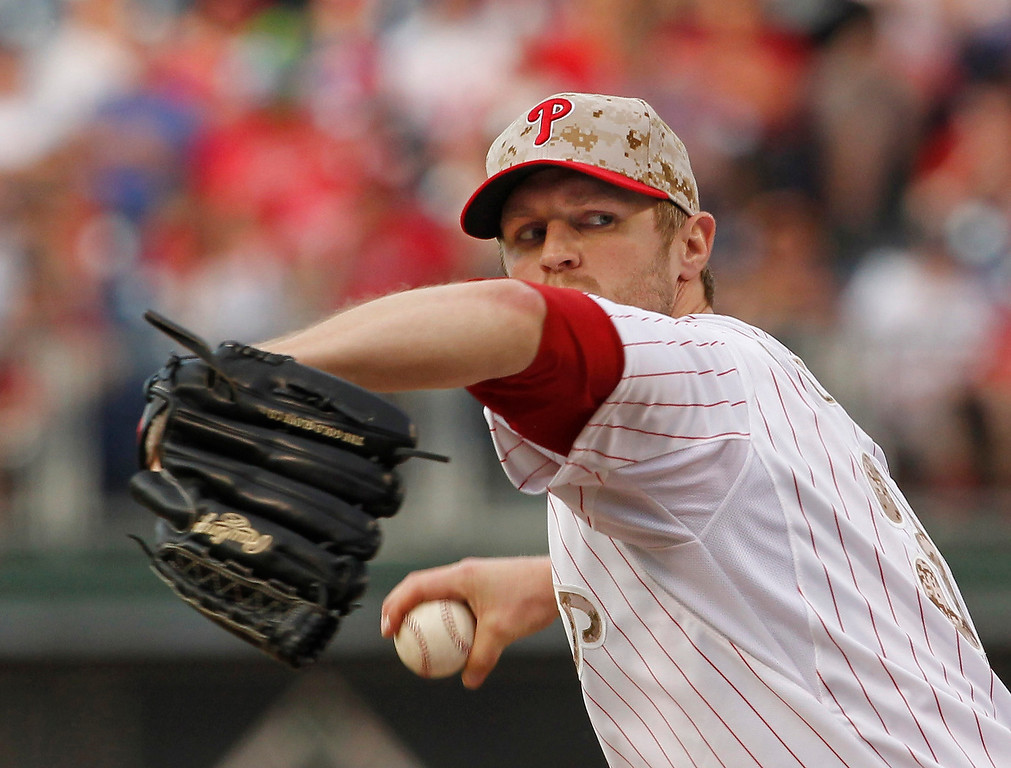 . Philadelphia Phillies Kyle Kendrick delivers in the sixth inning of the baseball game againt the Colorado Rockies on Monday, May 26, 2014, at Citizens Bank Park in Philadelphia.     ( AP Photo / The Philadelphia Inquirer, Ron Cortes )