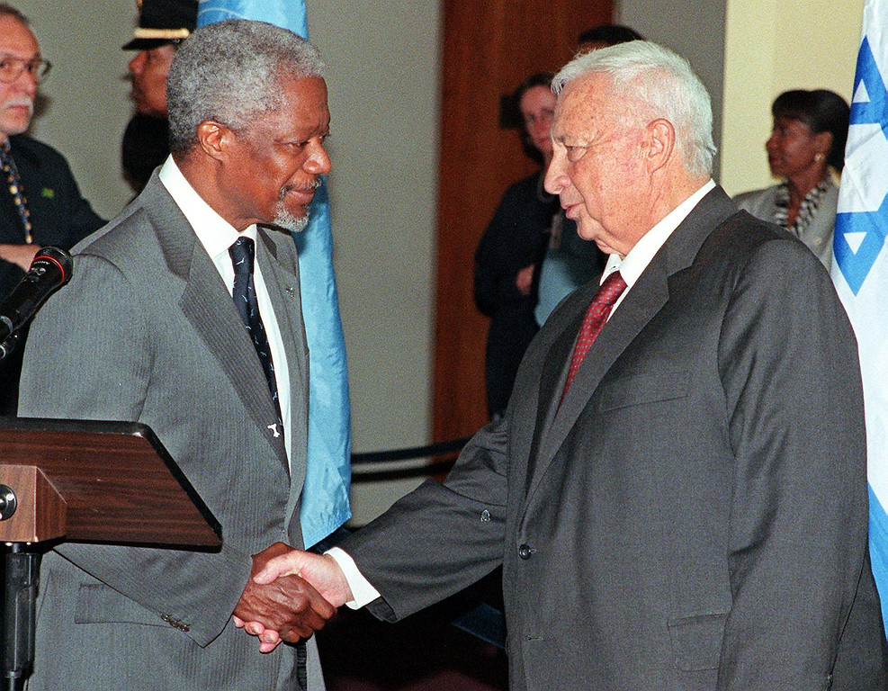. Israeli Foreign Minister Ariel Sharon (R) shakes hands with UN Secretary General Kofi Annan (L) after the two made speeches 11 May, 1999 at United Nations headquarters in New York, NY.   AFP PHOTO/Matt CAMPBELL/AFP/Getty Images