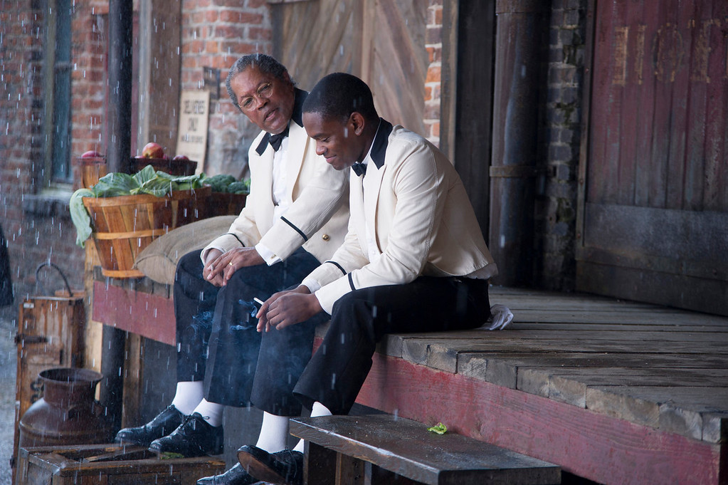 """. Clarence Williams, left, and Aml Ameen in a scene from \""""Lee Daniels\' The Butler.\"""" (AP Photo/The Weinstein Company, Anne Marie Fox)"""