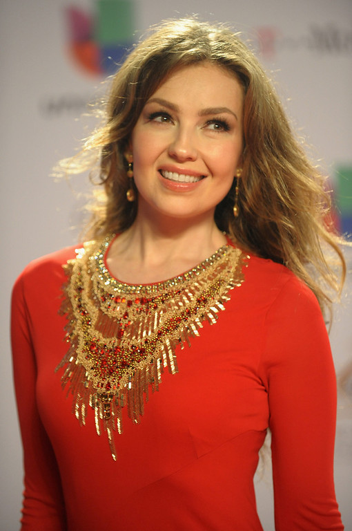 ". Thalia arrives at the 25th Anniversary Of Univision\'s ""Premio Lo Nuestro A La Musica Latina\"" on February 21, 2013 in Miami, Florida.  (Photo by Gustavo Caballero/Getty Images for Univision)"