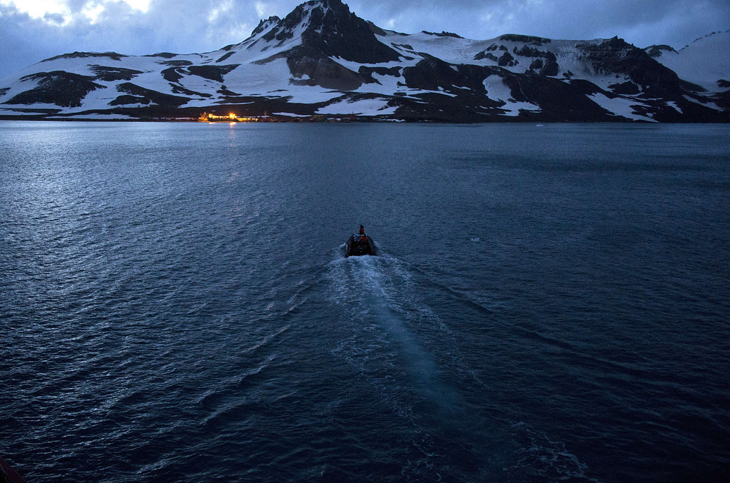 . A Brazilian Navy boat takes supplies to the Brazilian Comandante Ferraz Antarctic Station seen from the Brazilian Navy\'s Oceanographic Ship Ary Rongel on March 7, 2014.     AFP PHOTO /VANDERLEI ALMEIDA /AFP/Getty Images
