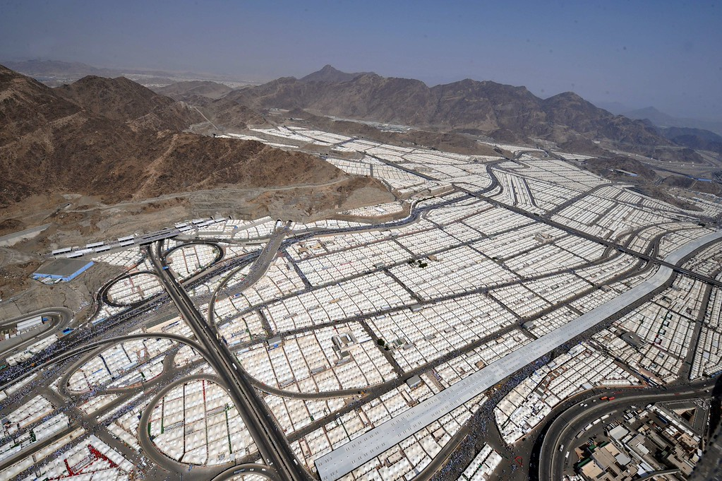 . An aerial view shows tens of thousands of tents hosting pilgrims in Mina near the holy city of Mecca, on October 16, 2013.  AFP PHOTO/FAYEZ NURELDINE/AFP/Getty Images