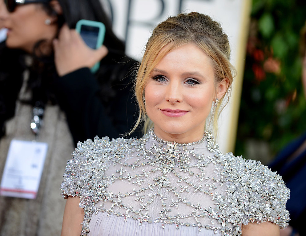 . Actress Kristen Bell arrives at the 70th Annual Golden Globe Awards at the Beverly Hilton Hotel on Sunday Jan. 13, 2013, in Beverly Hills, Calif. (Photo by Jordan Strauss/Invision/AP)