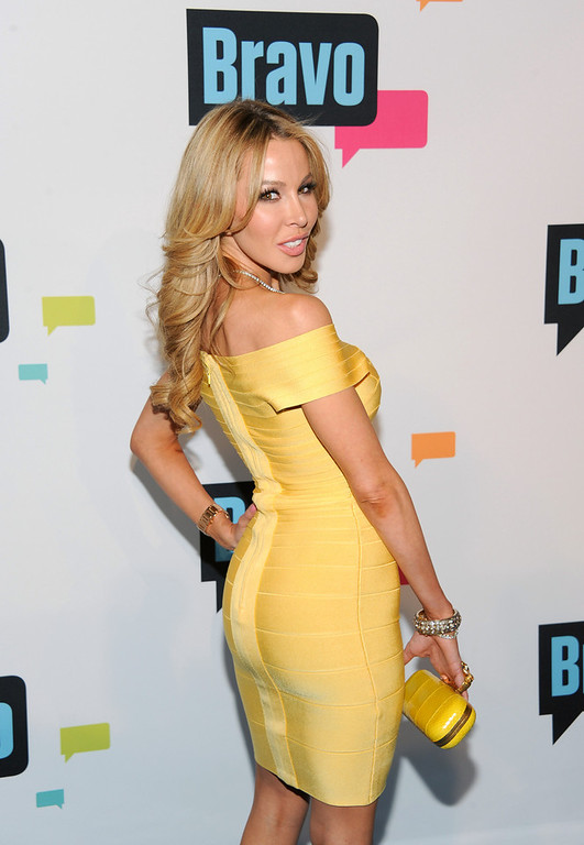 ". Lisa Hochstein from ""The Real Housewives of Miami\"" attends the Bravo Network 2013 Upfront on Wednesday April 3, 2013 in New York. (Photo by Evan Agostini/Invision/AP)"