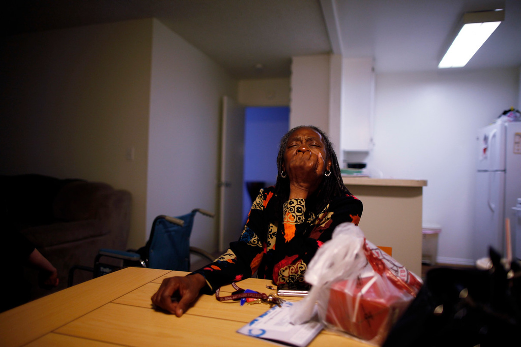 . Barbara Dunlap, 61, who is an outpatient at Prototypes residential treatment program, sits in her home in Pomona, California, March 26, 2013. Prototypes is part of the Second Chance Women\'s Re-entry Court program, one of the first in the U.S. to focus on women. It offers a cost-saving alternative to prison for women who plead guilty to non-violent crimes and volunteer for treatment. Of the 297 women who have been through the court since 2007, 100 have graduated, and only 35 have been returned to state prison. Picture taken March 26, 2013. REUTERS/Lucy Nicholson