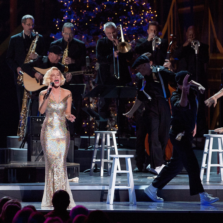 . Kellie Pickler performs during the CMA 2013 Country Christmas on November 8, 2013 in Nashville, Tennessee.  (Photo by Erika Goldring/Getty Images)