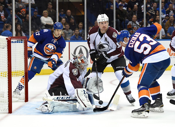PHOTOS: Colorado Avalanche vs. New York Islanders, Nov. 11, 2014