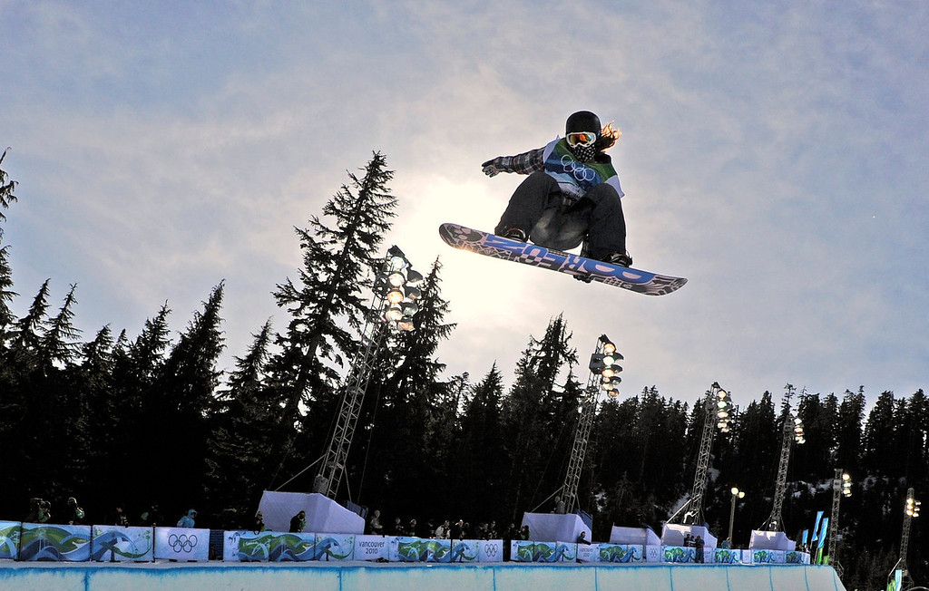 . Shaun White of the USA competes in the men\'s halfpipe at the Vancouver 2010 Olympics in Vancouver, British Columbia, Wednesday, Feb. 17, 2010. (AP Photo/Mark J. Terrill)