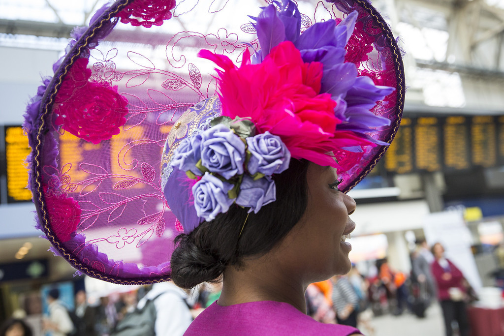 . Racegoers travel by train from Waterloo station to Ascot racecourse to attend Royal Ascot on June 17, 2014 in London, England.  (Photo by Rob Stothard/Getty Images)