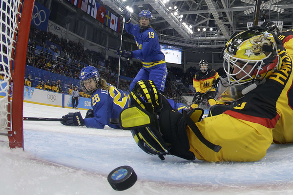 PHOTOS: Women's ice hockey preliminary rounds at Sochi 2014 Winter Olympics