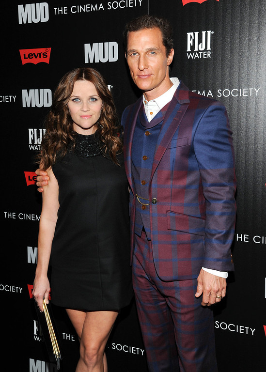 """. Actors Reese Witherspoon and Matthew McConaughey attend the premiere of \""""Mud\"""" hosted by The Cinema Society with FIJI Water & Levi\'s at the Museum of Modern Art on Sunday April 21, 2013 in New York. (Photo by Evan Agostini/InvisionAP)"""
