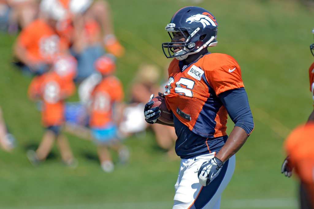 . Denver Broncos tight end Virgil Green (85) catches a pass  practice August 20, 2013 at Dove Valley (Photo by John Leyba/The Denver Post)