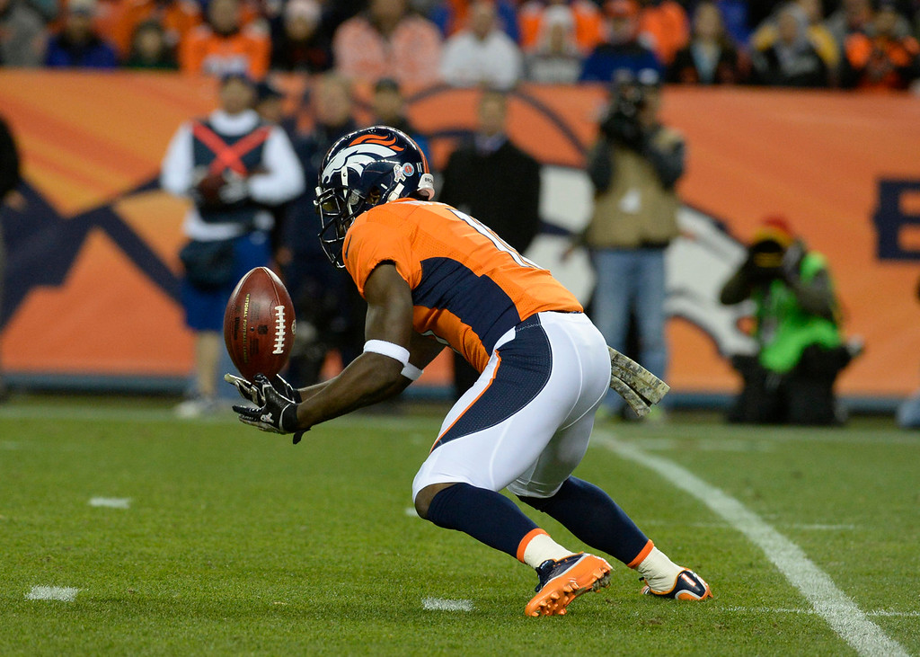. Denver Broncos wide receiver Trindon Holliday (11) pulls in a punt in the first quarter. The Denver Broncos take on the Kansas City Chiefs at Sports Authority Field at Mile High in Denver on November 17, 2013. (Photo by Tim Rasmussen/The Denver Post)
