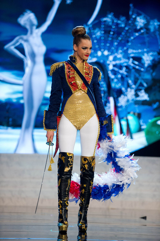 . Miss Chile Ana Luisa Konig performs onstage at the 2012 Miss Universe National Costume Show at PH Live in Las Vegas, Nevada December 14, 2012. The 89 Miss Universe contestants will compete for the Diamond Nexus Crown on December 19, 2012. REUTERS/Darren Decker/Miss Universe Organization L.P./Handout