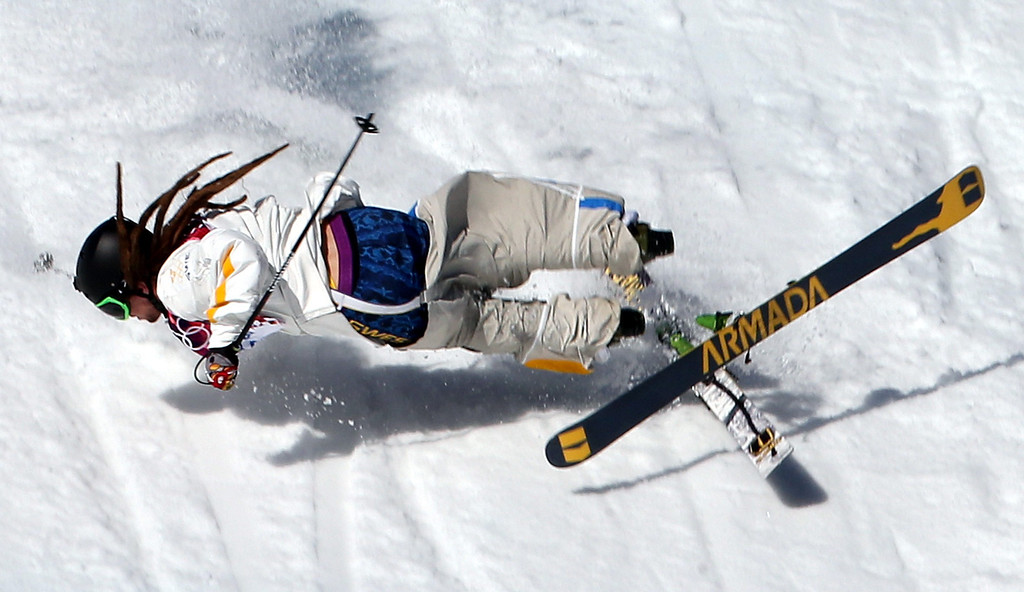 . Henrik Harlaut of Sweden falls during the Men\'s Freestyle Skiing Slopestyle qualification in the Rosa Khutor Extreme Park at the Sochi 2014 Olympic Games, Krasnaya Polyana, Russia, 13 February 2014.  EPA/FEHIM DEMIR