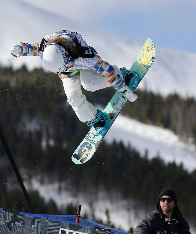 . Chloe Kim competes during the women\'s snowboarding superpipe final at the Dew Tour iON Mountain Championships, Saturday, Dec. 14, 2013, in Breckenridge, Colo.  The 13-year-old took third place in the event. (AP Photo/Julie Jacobson)