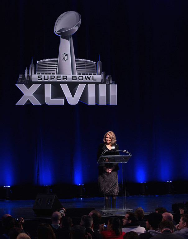 . Opera singer Renée Fleming speaks at the Pepsi Super Bowl XLVIII Halftime Show Press Conference at Rose Theater, Jazz at Lincoln Center on January 30, 2014 in New York City.  (Photo by Larry Busacca/Getty Images)