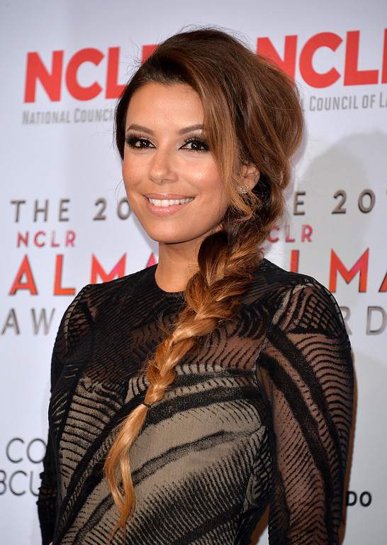 . PASADENA, CA - SEPTEMBER 27:  Host Eva Longoria attends the Winner\'s Walk during the 2013 NCLR ALMA Awards at Pasadena Civic Auditorium on September 27, 2013 in Pasadena, California.  (Photo by Alberto E. Rodriguez/Getty Images for NCLR)