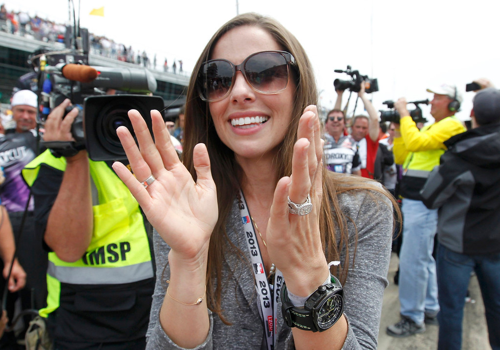 . Lauren Kanaan, wife of KV Racing Technology driver Tony Kanaan of Brazil, celebrates after he won the 97th running of the Indianapolis 500 at the Indianapolis Motor Speedway in Indianapolis, Indiana, May 26, 2013. REUTERS/John Sommers II