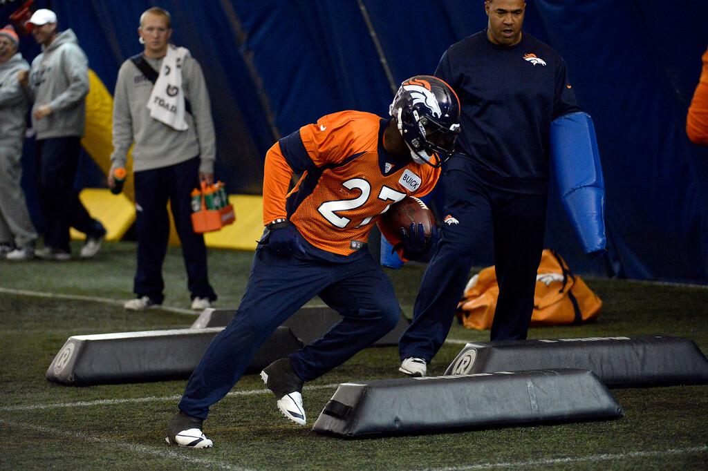 . ENGLEWOOD, CO - DECEMBER 4: Denver Broncos running back Knowshon Moreno (27) runs through drills during practice November 4, 2013 at Dove Valley (Photo by John Leyba/The Denver Post)