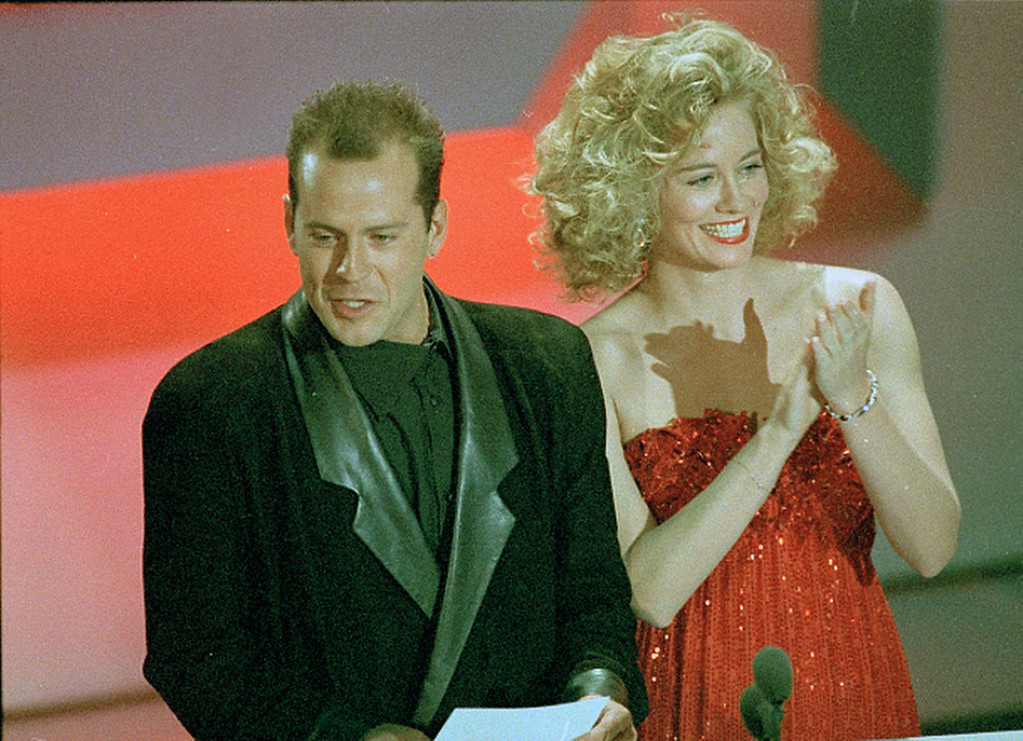 ". Cybill Shepherd and Bruce Willis, co-stars of ABC\'s ""Moonlighting,\"" are shown during the Emmy Awards telecast in Los Angeles, Sept. 20, 1986.  (AP Photo)"
