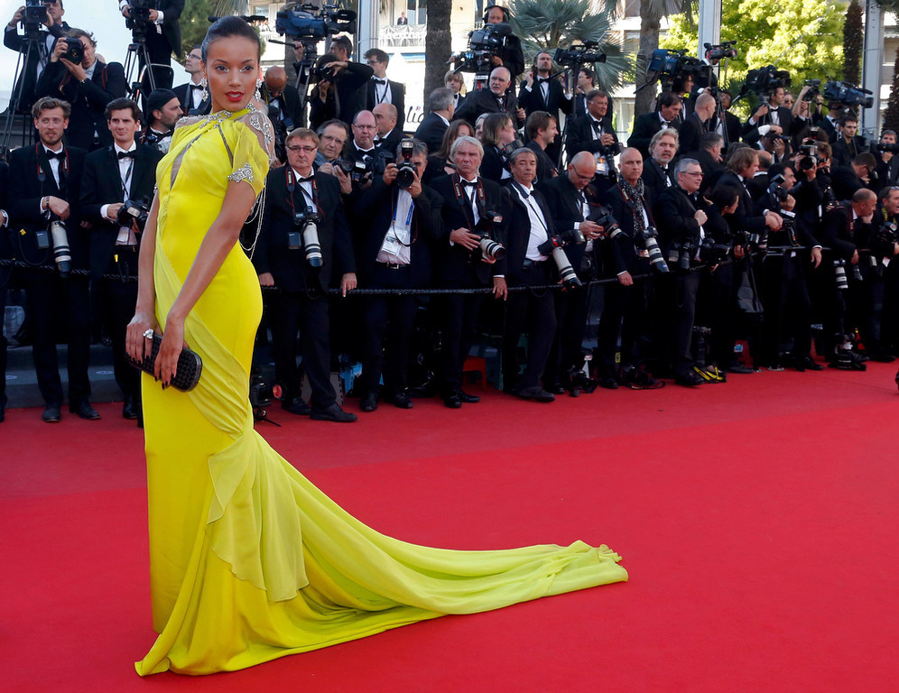 ". Model Selita Ebanks poses on the red carpet as she arrives for the screening of the film ""Blood Ties\"" during the 66th Cannes Film Festival in Cannes May 20, 2013. REUTERS/Jean-Paul Pelissier"