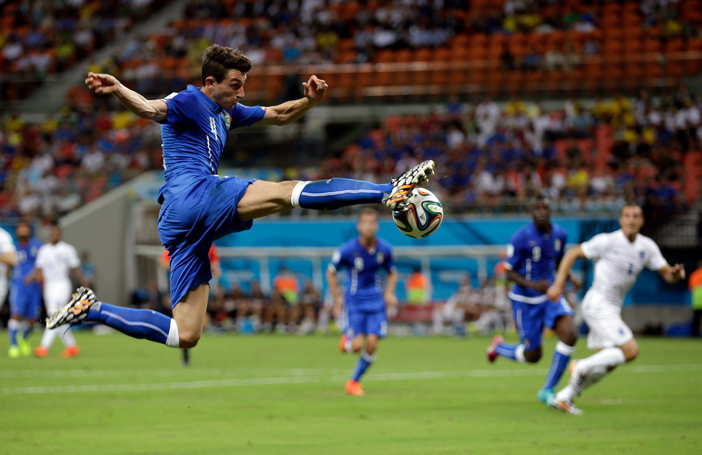 . Italy\'s Matteo Darmian controls the ball during the group D World Cup soccer match between England and Italy at the Arena da Amazonia in Manaus, Brazil, Saturday, June 14, 2014. (AP Photo/Martin Mejia)