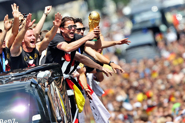 PHOTOS: Germany's World Cup soccer winners celebrate with fans