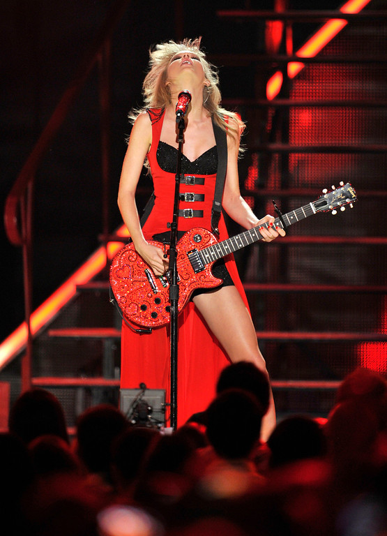. Taylor Swift performs at the 2013 CMT Music Awards at Bridgestone Arena on Wednesday, June 5, 2013, in Nashville, Tenn. (Photo by Donn Jones/Invision/AP)