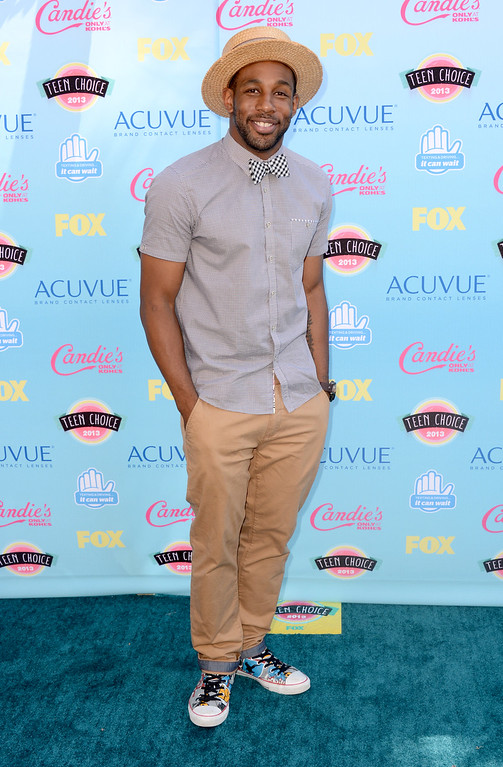 ". Stephen ""Twitch\"" Boss arrives at the Teen Choice Awards at the Gibson Amphitheater on Sunday, Aug. 11, 2013, in Los Angeles.(Photo by Jordan Strauss/Invision/AP)"