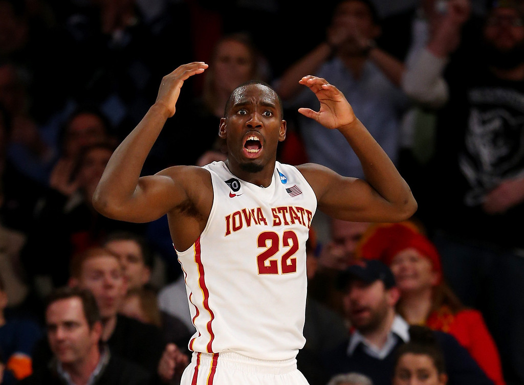 . Dustin Hogue #22 of the Iowa State Cyclones reacts late in the game against the Connecticut Huskies during the regional semifinal of the 2014 NCAA Men\'s Basketball Tournament at Madison Square Garden on March 28, 2014 in New York City.  (Photo by Elsa/Getty Images)