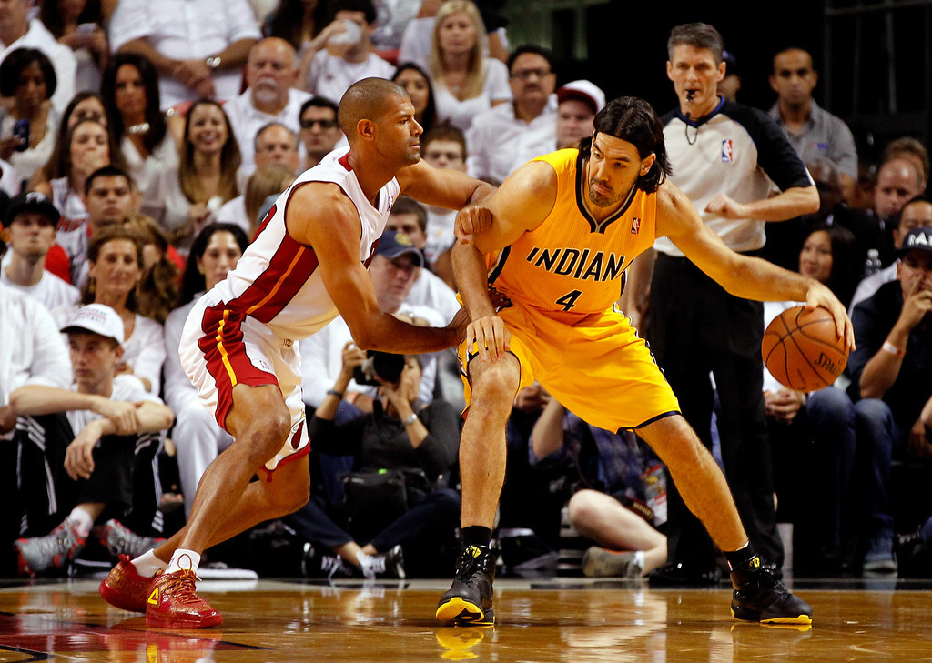 . MIAMI, FL - MAY 30: Shane Battier #31 of the Miami Heat defends against Luis Scola #4 of the Indiana Pacers during Game Six of the Eastern Conference Finals of the 2014 NBA Playoffs at American Airlines Arena on May 30, 2014 in Miami, Florida.  (Photo by Mike Ehrmann/Getty Images)