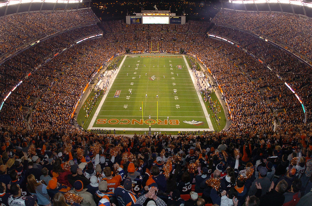 . The Denver Broncos kick off to the New England Patriots at Invesco Field at Mile High Stadium in their AFC Divisional Playoff game in Denver on Saturday, Jan. 14, 2006. (AP Photo/Bill Ross)